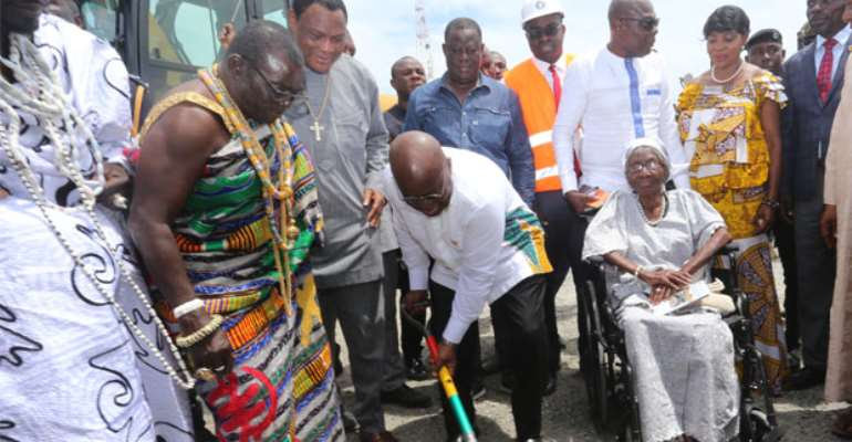 President Akufo-Addo cutting the sod for the construction of the Obetsebi Interchange. With him are Nii Ayikai III (2nd left), Akamaijen Mantse and Augustina Obetsebi. Picture by Gifty Ama Lawson.