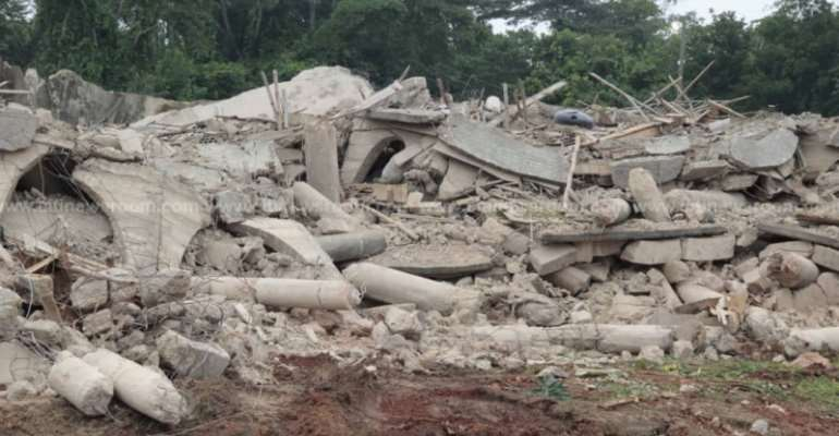 Church Disaster: Rescue Team Ends Search