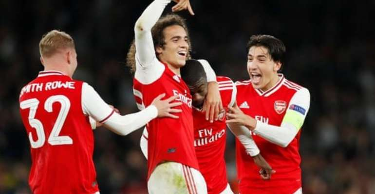 Europa League: Pepe Free-Kick Double Earns Arsenal Win Over Vitoria