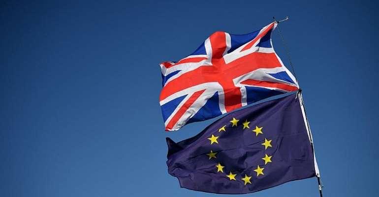 EU fails to decide how long to delay Brexit