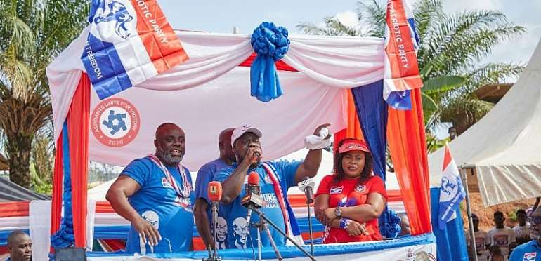 Obour Woos Asante Akyem South For NPP