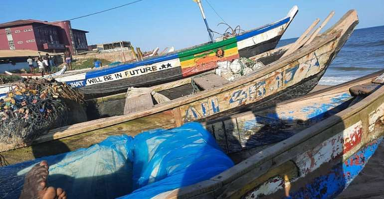 Canoes at Labadi, Credit: Juliet Etefe