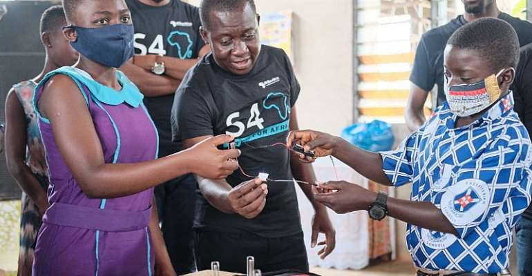 1Billion Africa Launches STEM FOR AFRICA Project In Asutifi South District