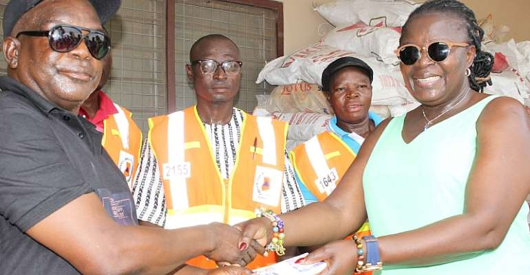 U/E: Regional Minister Donates Relief Items, GHC2,000 To Flood Victims