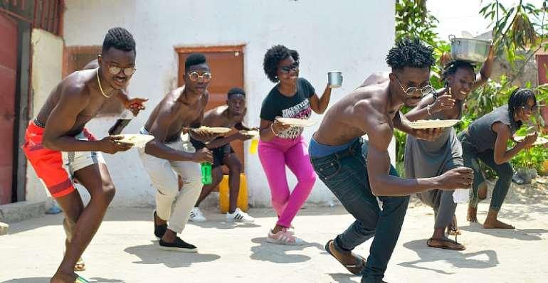 Angolan dance troupe Phenomenos do Semba. - Source: Courtesy Adilson Maiza for Phenomenos do Semba