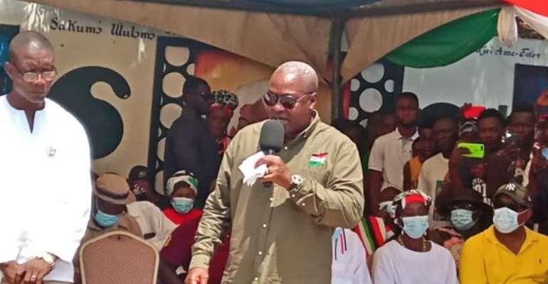 I'll Upgrade Tulaku Cattle Market — Mahama Promises