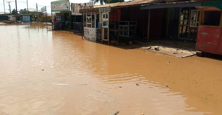 Parts Of Ablekuma Sinking In Flood 24 hours After Rainfall
