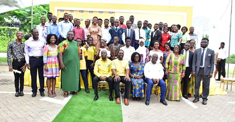 100 University Students Benefit From MTN Ghana Scholarship