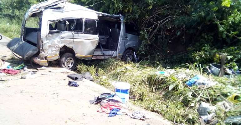 One Dead, 15 Injured In Kintampo-Techiman Highway Car Crash