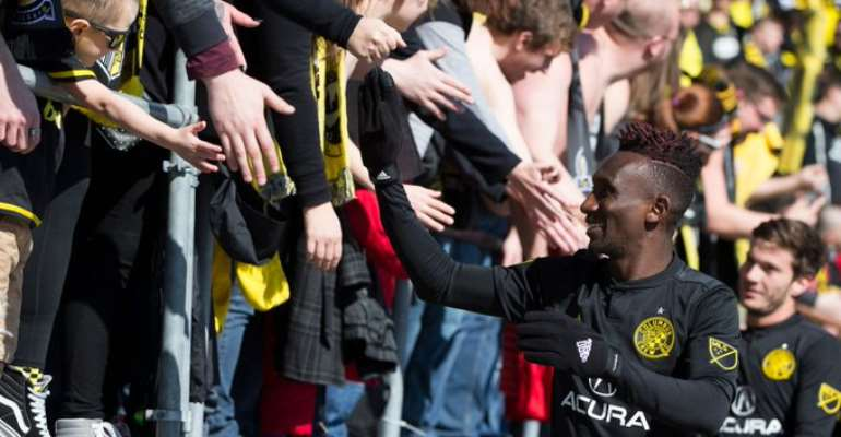 Harrison Afful Extends Columbus Crew Contract