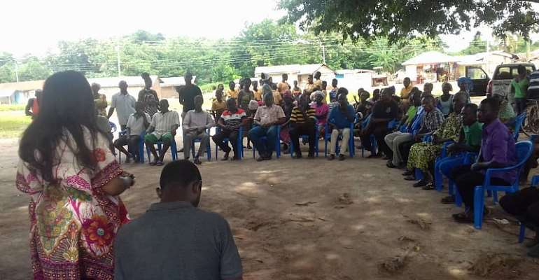 DCE addressing the community members at Degedege