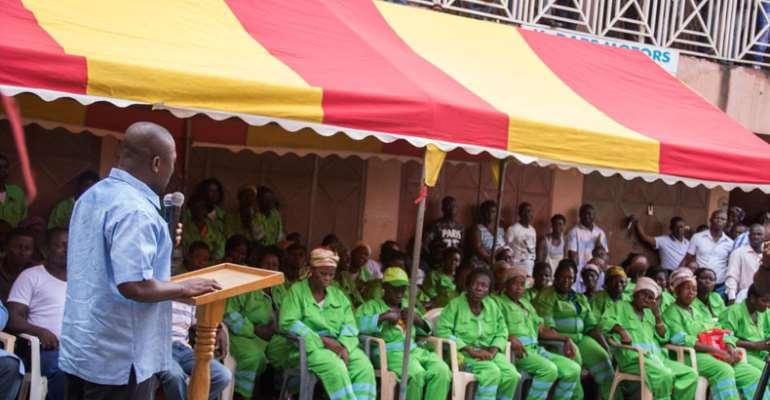 Mohammed Nii Adjei Sowah speaking atAbossey Okai