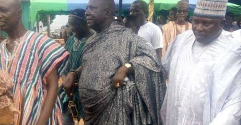 The Akwatia Chief And The Zongo Chief