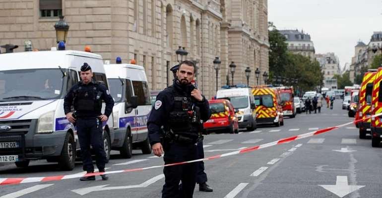 REUTERS/Philippe Wojazer