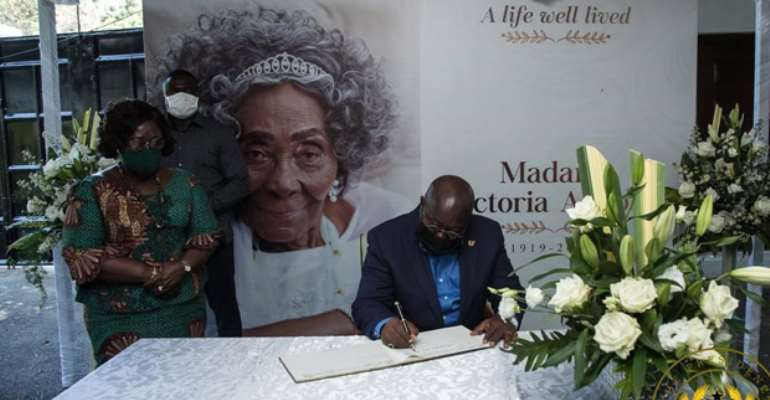 Akufo-Addo Commiserates With Rawlings Over Death Of Mum