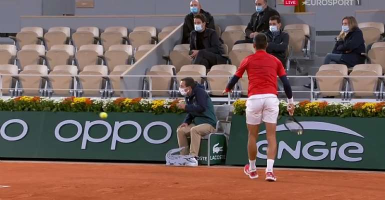 French Open 2020: Novak Djokovic Hits Line Judge At Roland Garros To Evoke US Open Disqualification