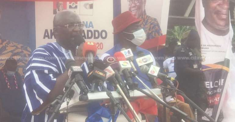 Gov't Piloting New Policy To Boost Cocoa Yield – Bawumia