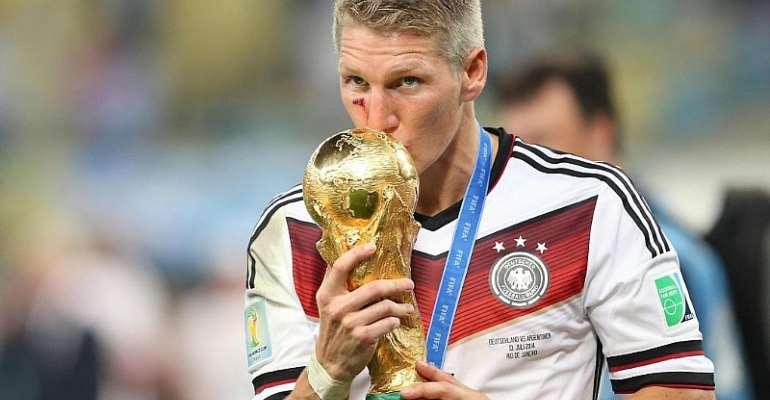 Schweinsteiger Announces Retirement