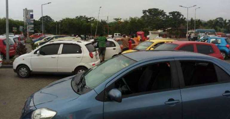 Online Drivers Accused App Managers Of Connival With DVLA To Charge GHS60 Fee