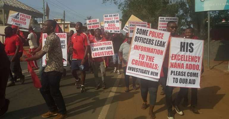 Ada Kasseh residents protest over surge in criminal activities