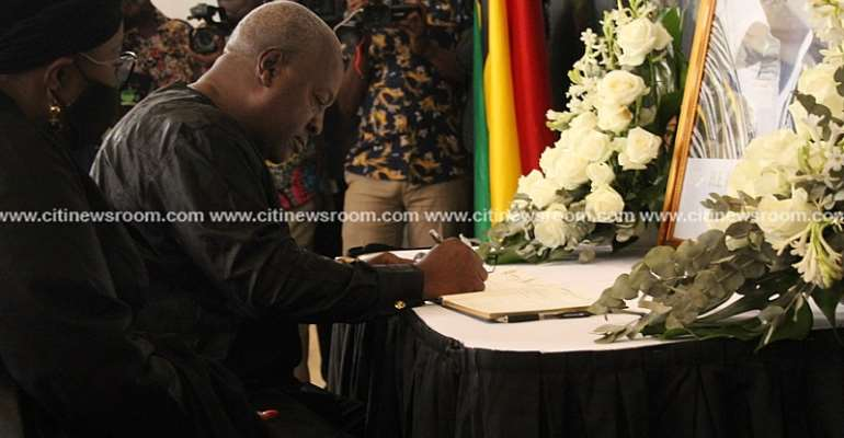 [Photos] Oquaye, Chief Justice, Others Sign Rawlings' Book Of Condolence