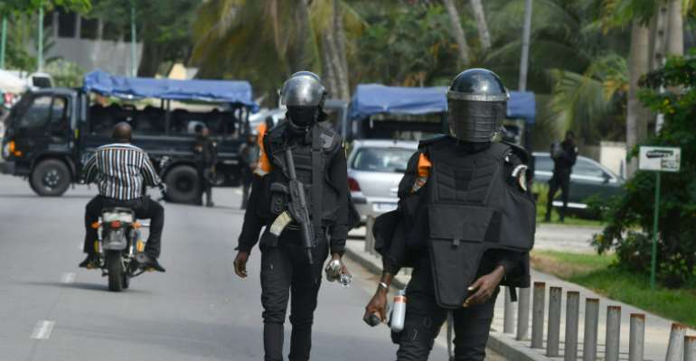 Ivory Coast: Journalists Detained, Attacked While Covering Contested Election