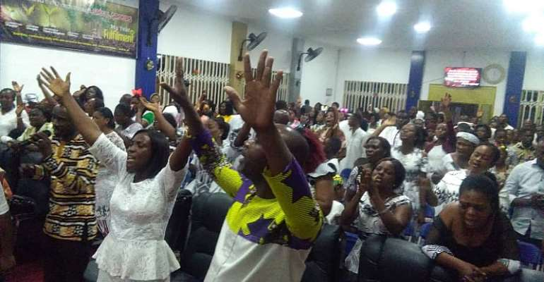 Ghanaians Usher In 2020 With Church Services