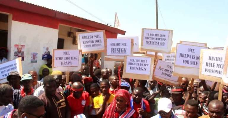 Fire Jirapa MCE — Group To Akufo-Addo