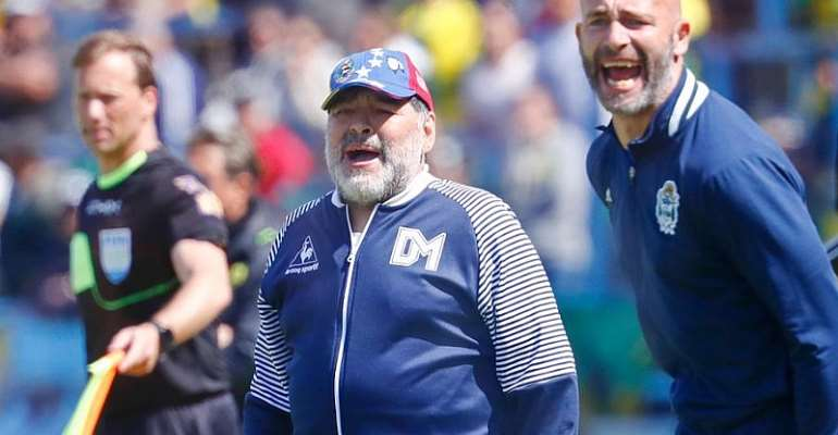 Maradona Returns As Coach Of Gimnasia Two Days After Leaving