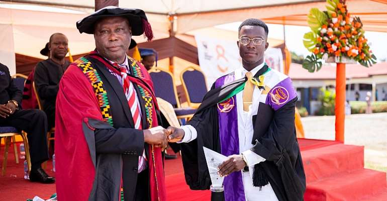 From Cleaner To Overall Best Student: The Story Of Alhassan Mohammed At KAAF University