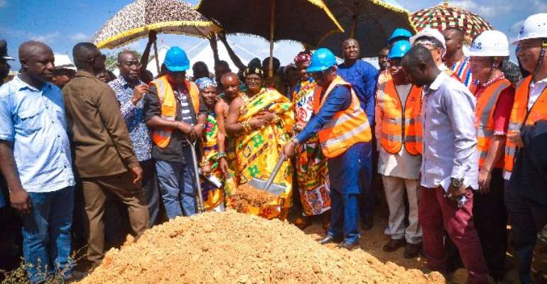 Bawumia cuts sod for 69.5km Sinohydro Nyinahin, Wiawso area roads