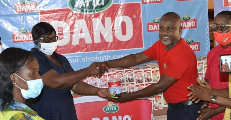 Dano Presents Inner Strength Award To Boa Amponsem SHS