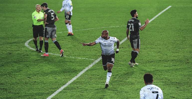 Andre Ayew Climbs Off The Bench To Score To Earn Point For Swansea City