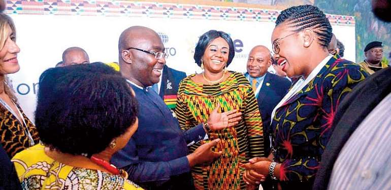 Vice-President Dr. Bawumia interacting with some participants including Tourism Minister Barbara Oteng-Gyasi