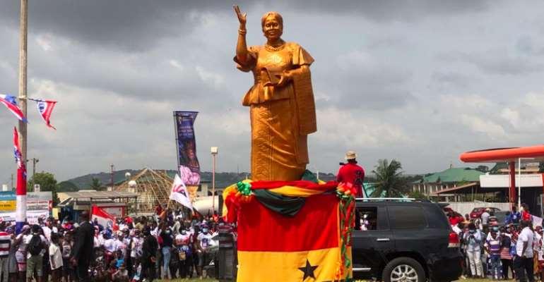 Dansoman: Akufo-Addo Unveils Statue Of Late Ablekuma West MP Theresa Amerley Tagoe
