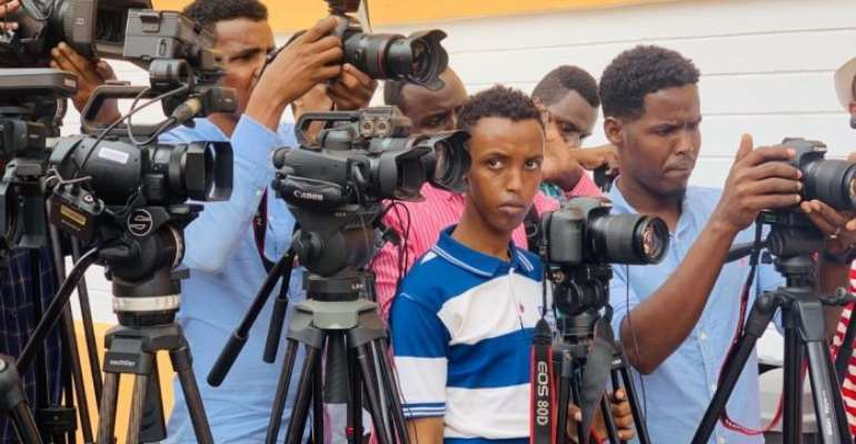 Somali journalists gather to cover a press conference during the trial of journalist Abdiaziz Gurbiye at Banadir Regional Court on 7 July, 2020. | PHOTO/SJS