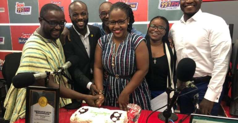 L-R: Seth Kwame Boateng, Justice Baidoo Beryl Ernestina Richter, Emefa Apawu and Lexis Bill. Standing behind them is veteran broadcaster, Ken Addy.