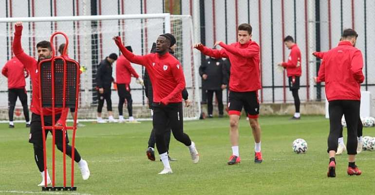 Edwin Gyasi Trains With Samsunspor Teammates Ahead Of Tuzlaspor Tie