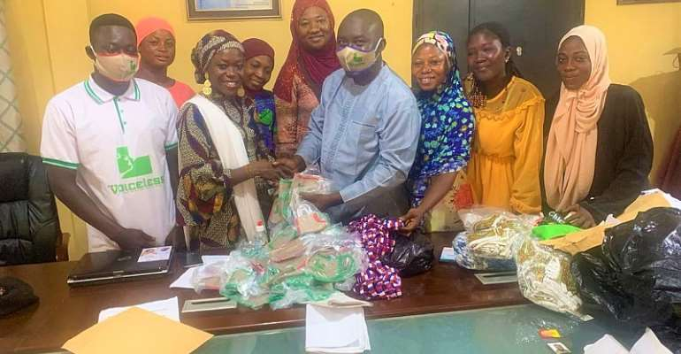 Voiceless Media Donates To NPP Barihama Ladies