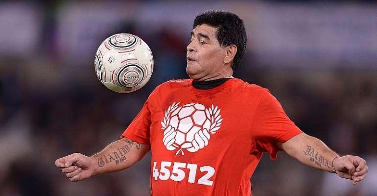 Investigators Search Doctor's Office In Maradona Death Probe
