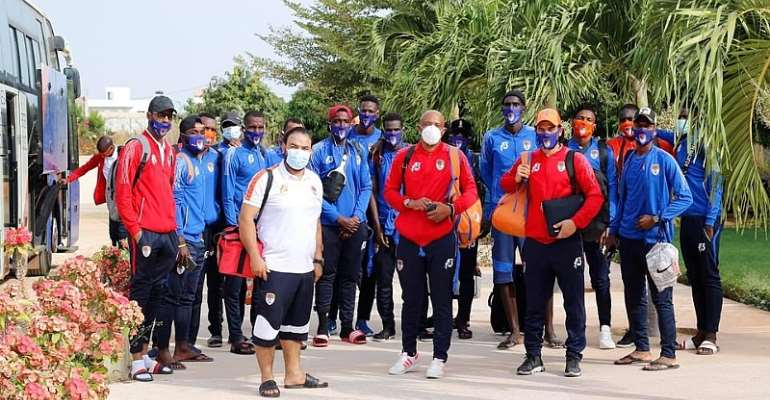 The FC Nouadhibou team on arrival in Senegal. Photo Credit/Oyerepa FM