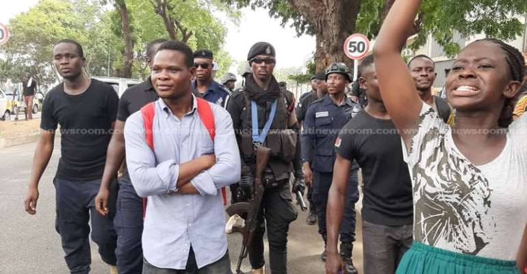 Police Cage Unemployed Trainee Teachers After Protest At GES