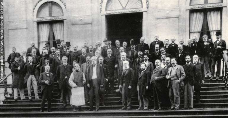 Delegates at the International Peace Conference pose on the steps of the Huis ten Bosch palace in The Hague (Netherlands) on 18 May 1899