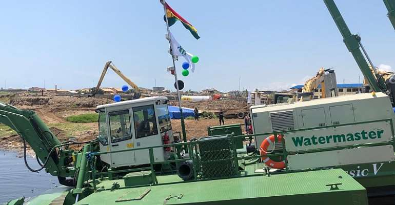 Dredge Masters' Amphibious Multipurpose Dredgers Launched To Rid Floods