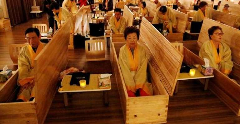 South Koreans Fake Their Funerals For Life Lessons