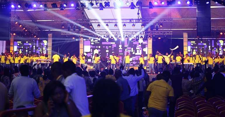 Gospel Stars Lift Up Worship At MTN Ghana Stands In Worship