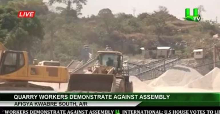 Quarry Workers Protest Against Afigya Kwabre South Assembly
