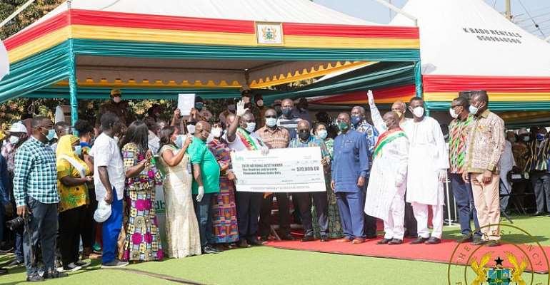 Solomon Kwadwo Kusi Adjudged 2020 National Best Farmer, Bags 570k