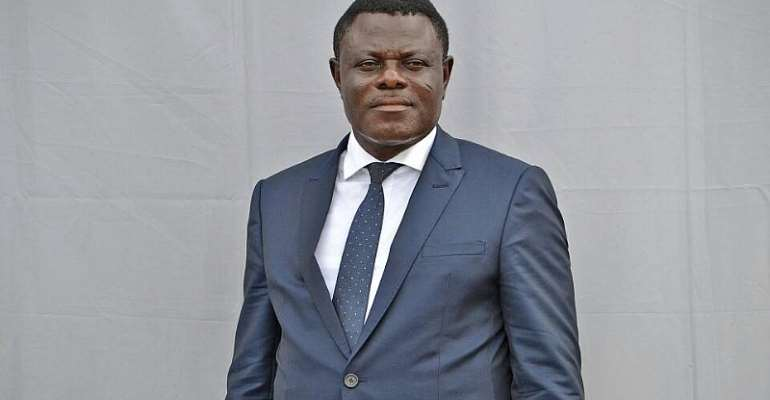 Dr Kwame Kyei Rescues 'Wee' Smoking Journalists In Ivory Coast?