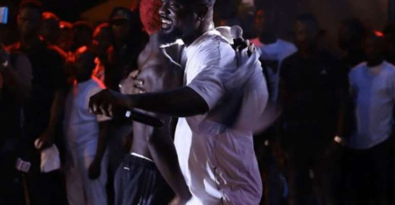 Sarkodie Hypes Bosom P-Yung's New Song